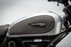 RocketGarage Cafe Racer: Ducati Scrambler Dirt Tracker