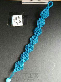 祥云-手工客官网 Chevron Friendship Bracelets, Friendship Bracelets Tutorial, Bracelet Tutorial, Yarn Bracelets, Bracelet Crafts, Braided Bracelets, Macrame Owl, Macrame Knots, Bead Crafts