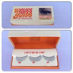 Vintage 1960s W'Eyes Guise Flirty Lashes in Black 'n Blue / 60s Fake Eyelashes in Original Box