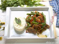 Panang curry chicken Panang Curry Chicken, Food To Make, Chicken Recipes, Cooking, Ground Chicken Recipes, Baking Center, Kochen, Recipes With Chicken, Cuisine