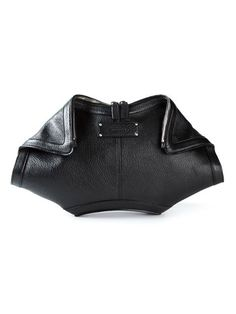 Shop Alexander McQueen 'De Manta' clutch in Spazio Pritelli from the world's best independent boutiques at farfetch.com. Over 1000 designers from 300 boutiques in one website.