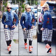Gwen Stefani in Los Angeles (May Gwen Stefani And Blake, Gwen Stefani Style, Blake Shelton, Famous Faces, Besties, Queen, Orange, Denim, Hair