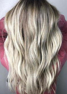 Amazing ideas of sandy beach waves for women and young girls to use in 2018. These gorgeous blonde haircuts are really awesome to show off in 2018. You just have to visit here and save one of these amazing haircuts to get attractive an cute hair look.