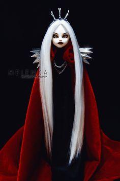 Elizabeth II by melenka on DeviantArt Custom Monster High Dolls, Monster Dolls, Monster High Repaint, Custom Dolls, Monster Girl, Ooak Dolls, Barbie Dolls, Art Dolls, Enchanted Doll