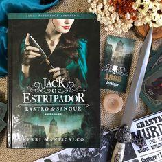 A Era Vitoriana nunca mais será a mesma 💀🖤 Darkside Books, Reading Habits, James Patterson, How Beautiful, My Books, Fandoms, Wallpapers, Rock, Instagram
