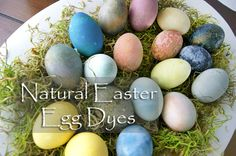 Natural Easter Egg Dyes. So easy and so much fun making beautiful natural colored Easter eggs! | Sprouting Healthy Habits