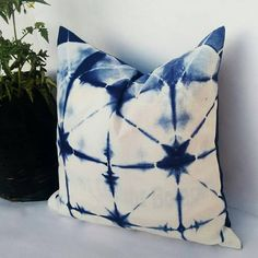 Decorative Pillow Cases Indian Tie Dyed Indigo Blue Cushion Cover Intetior Home Decore Sofa Cushion Shibori Gift Pillows Christmas Gift Blue Cushion Covers, Outdoor Cushion Covers, Pillow Covers, Indian Pillows, Bohemian Pillows, Blue Cushions, Cushions On Sofa, Tie Dye Crafts, Diy Crafts