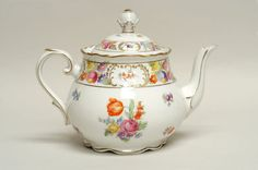 Schumann EMPRESS DRESDEN FLOWERS Tea Pot