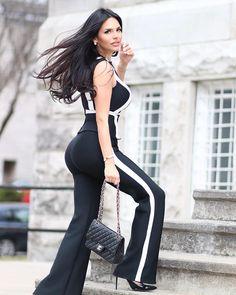 2 Piece Sets Sleeveless O Neck Striped Tank Top Solid Full Length Bodycon Jumpsuit - Aniiiqa Celebrity Fashion Shop - Express Shipping World Wide Good Woman, Suit Fashion, Fashion Models, Fashion Looks, Chic Outfits, Summer Outfits, Fashion Outfits, Chicas Punk Rock, Latina Girls