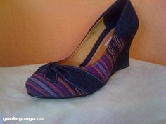 Popular trend: Guatemalan textiles in shoe wear! ~ I want these shoes!