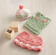 """crochet outift for 18"""" doll: skirt, top & hat (free pattern from lion brand)"""