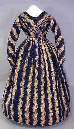 Printed Wool Wedding Gown, MA., c. 1845 Session 2 - Lot 652