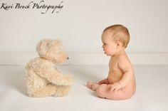6 (six) Month old baby studio photo shoot session. Teddy bear picture inspiration. Children, Kids, Baby, Babies, Photographer (picture Ideas).