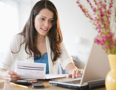 Whether you're looking for entry-level or full featured accounting and business management, here is the best accounting software for small businesses. Small Business Accounting Software, Small Business Tax, Accounting And Finance, Accounting Online, Business Education, Business School, Business Entrepreneur, Business Tips, Online Business