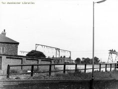 What was the entrance to Longsight Railway Station on the corner of Kirkmanshulme Lane & New Bank Street