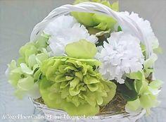 A Cozy Place Called Home: St. Patrick's Day Floral Arrangement
