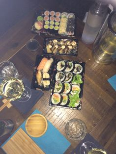 Tempura Sushi, Dairy, Cheese, Ethnic Recipes, Food, Meals, Yemek, Eten