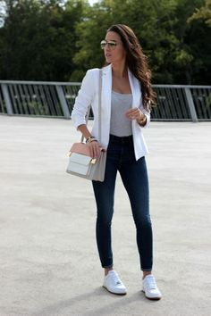 Blazer outfits casual, business casual outfits, smart casual outfit, ca Casual Sporty Outfits, Business Casual Outfits, Classy Outfits, Stylish Outfits, White Blazer Outfits, Casual Blazer, Sporty Chic, Preppy Casual, Summer Outfits