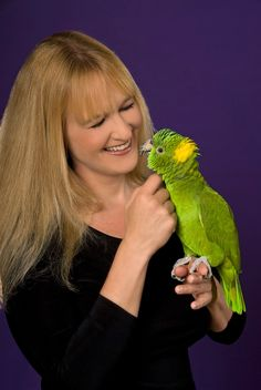 Barbara's Force Free Animal Training Talk: How to Touch a Parrot
