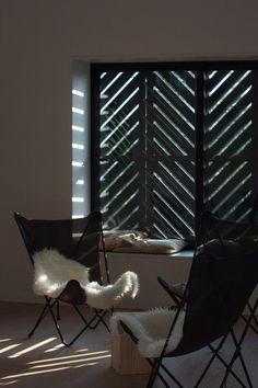 Ставни на окна   Black Lodge by Tomislav Soldo