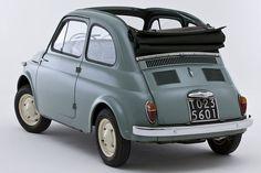 Fiat 500 Cabrio: Fiat 500 C mit Rolldach trifft seinen Urahn von 1957