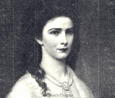 Empress Elisabeth in oval portrait (detail).