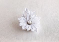 White Wedding Flower Kanzashi Hair Clip Bridal by HandyCraftTS
