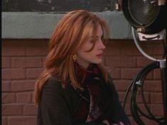 julia roberts in friends--love this hair