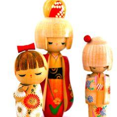I love these cute kokeshi dolls.