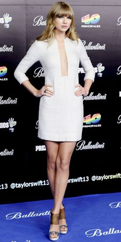 Look of the Day - January 25, 2013 - Taylor Swift in Kaufmanfranco from #InStyle