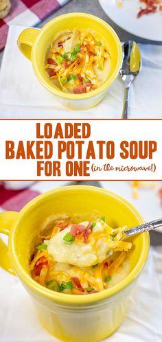 Microwave Soup Recipe, Baked Potato Microwave, Baked Potato Toppings, Microwave Breakfast, Microwave Meals, Best Soup Recipes, Easy Dinner Recipes, Potato Recipes, Family Recipes