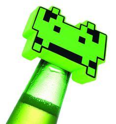 Space Invaders Bottle Opener #spaceinvaders #shutupandtakemyyen #atari #retro #retrogaming #merch #merchandise #otaku #bottleopener