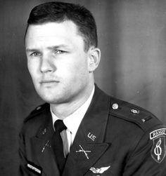 Kris Kristofferson. US Army Ranger.