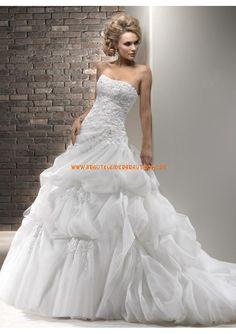 2013 Luxuriöse Brautkleider maßgeschneidert aus Organza und Satin A-Linie mit Schleppe