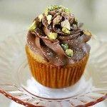 Cannoli Cupcakes With Chocolate Mascarpone