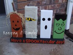 Keeping it Simple: Spooktacular 2x4s Halloween decor tutorial