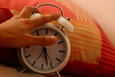 Bedside clocks, alarm clocks, waking up methods, routine, work, History, Industrial Revolution