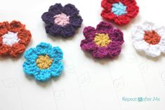 Simple Spring Crocheted Flowers by Repeat Crafter Me