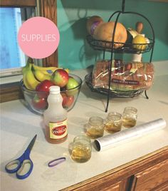When Regarding Ruffles: A Super Easy DIY Fruit Fly Trap! Diy Fruit Fly Trap, Home Remedies, Natural Remedies, Fruit Flies, Fly Traps, Household Products, Household Tips, Pest Control, Clean House