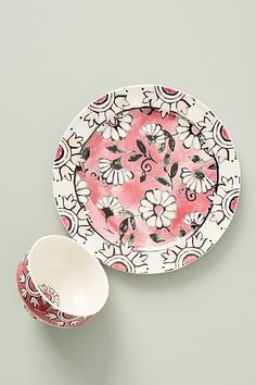 Discover sale kitchen & dining accessories at Anthropologie, including sale dinnerware collections, glassware, serveware, table linens and more. Dinner Plate Sets, Dinner Plates, Lifestyle Examples, Colorful Couch, Ramadan Cards, Kitchen Collection, Side Plates, Kitchen Accessories, Dinnerware