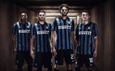 Formazione titolare Inter 2015/16, già da Scudetto? Ecco la formazione titolare 2015/16 che l'Inter potrebbe schierare dal primo turno, cercando di rincorrere uno Scudetto ormai troppo lontano e sognato dai tifosi dopo l'era Triplete con Jose Mourinho #inter #calciomercato #formazionetitolare