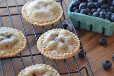 Building Buttercream: Blueberry Pie Cookies