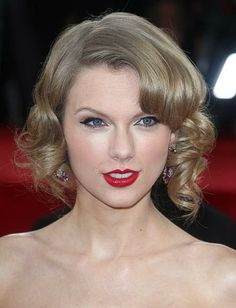 Best & Worst Golden Globes 2014 Hairstyles -- #hair #beauty #redcarpet #celebs -- See more on www.salonmagazine.ca