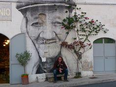 Best of Jr Photography Street Art, You Must Know - Creative Maxx Ideas Street Art Banksy, Murals Street Art, Graffiti Art, Best Street Art, Amazing Street Art, Amazing Art, Urban Painting, Art Addiction, Popular Art