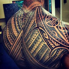 New Tattoo Back Maori Tatoo Ideas Maori Tattoos, Bild Tattoos, Samoan Tattoo, Body Art Tattoos, New Tattoos, Sleeve Tattoos, Trible Tattoos, Tatau Tattoo, Watch Tattoos