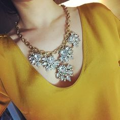 Welcoming the weekend with sparkles.. #letitstormjewelry #tgif #ootd