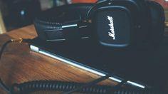 marshall audio speaker equipment work desk office cord cable