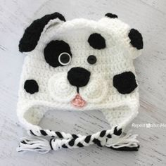 Crochet Dalmatian Dog Pattern @RepeatCrafterMe.com