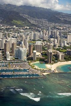 Aerial View of Waikiki, Hawaii #hiltonhawaiianvillage One of my most favorite places ever...honeymoon on 31st floor of Rainbow Tower and 20th anniv at Grand Waikikian. Just love Hawaii!!