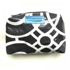 Mono Print Washbag - Medium/cosmetic purse | Fab chic fabric - good for men and comen! #washbag #handmade #cosmetic #purse #oilcoth #handmade #giftformen #fathersday